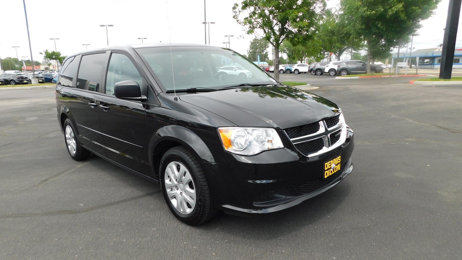 Dennis Dillon Dodge >> Pre Owned 2016 Dodge Grand Caravan Se Mini Van Passenger In Boise